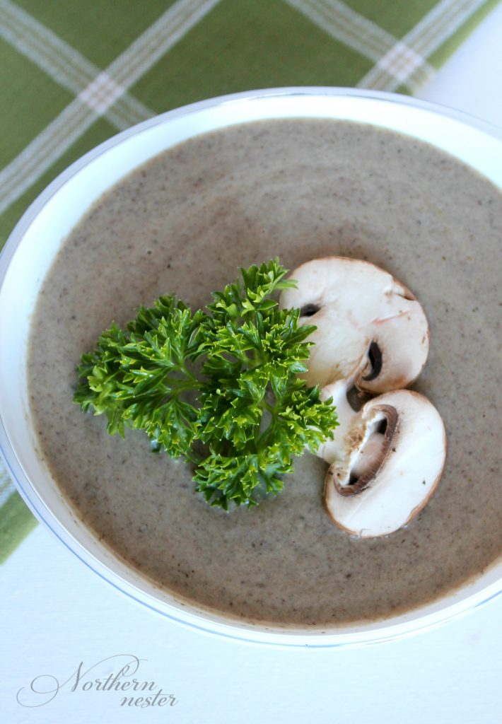 cream-of-mushroom-soup-4