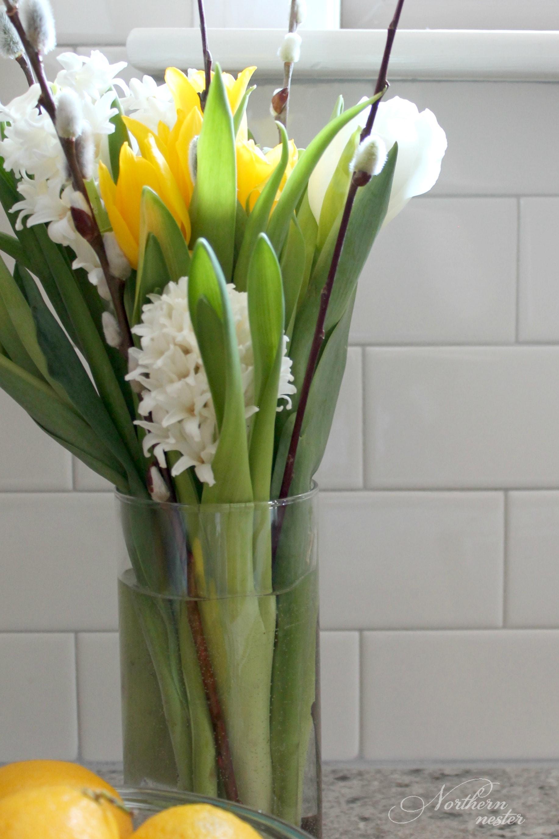 Flower vase kijiji - The Dollar Store Also Sells Vases
