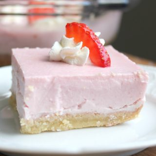 Pink Strawberry Delight | THM: S