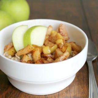 Apple Pie Oatmeal | THM: E