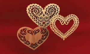 FI+LIGREE FRETWORK HEARTS