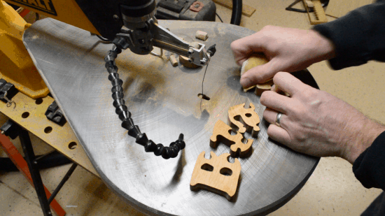 SCROLL SAW NAME PUZZLE PATTERNS