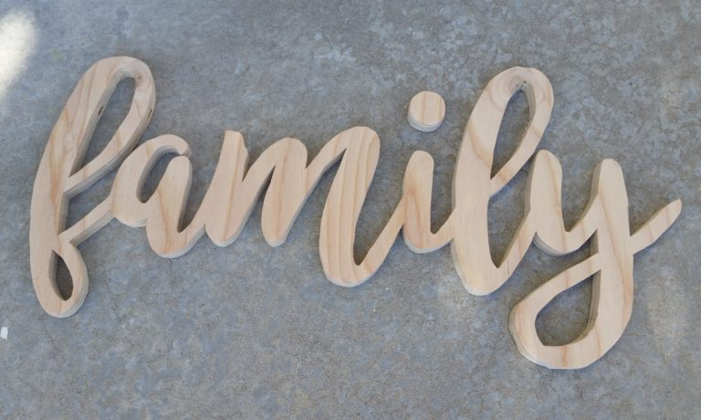 FAMILY ROOM SIGN