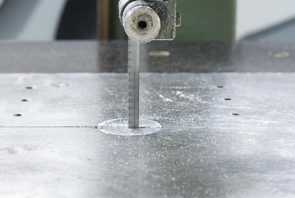 why your bandsaw blade keeps coming off