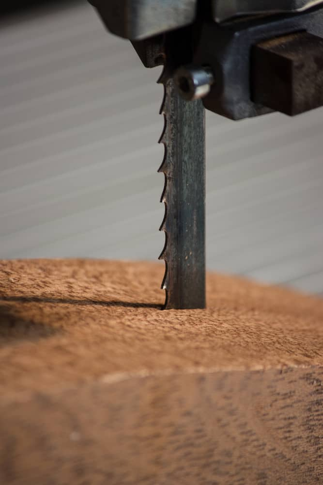 how long should a band saw blade last
