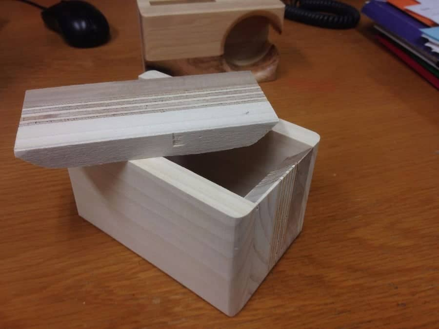 bandsaw box with lid