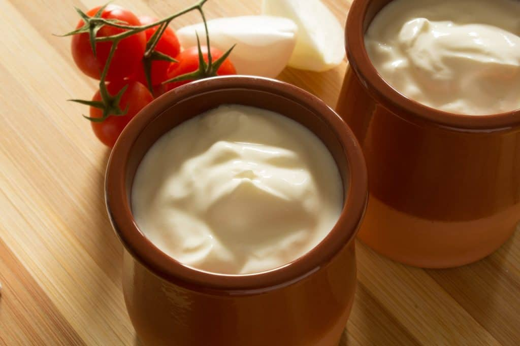 freezing sour cream