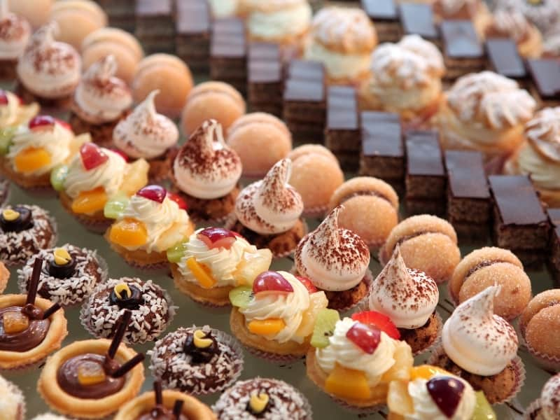 main types of pastries