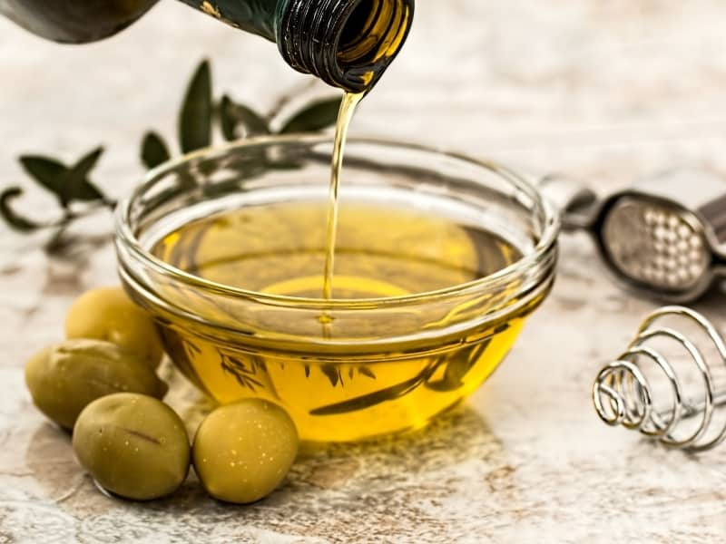 difference between avocado oil vs olive oil