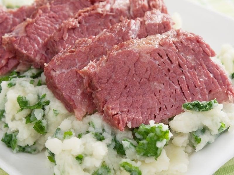 difference between pastrami vs corned beef